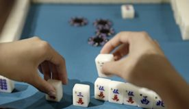 Philly's mahjong club brings game to bottle shops, cafes