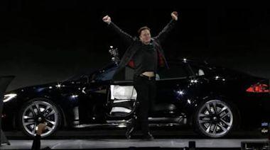 馬斯克試駕特斯拉新車Model S Plaid:續航里程約400英里