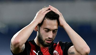 Calhanoglu completes short move across Milan to Inter