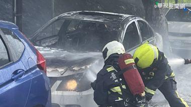 打胎機接點菸器突冒火 轎車遭燒毀