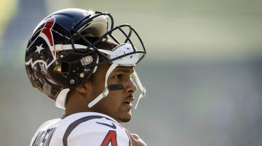 Odds of Bears trading for Deshaun Watson just went up