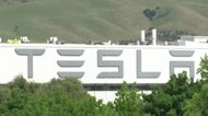 Musk says 'ready for arrest,' reopens plant against local order