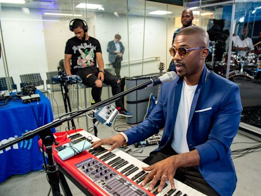 'People pay too much for Airpods,' says singer Ray J
