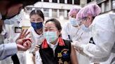 徐榛蔚打AZ鼓舞鄉親 花蓮疫苗覆蓋率27.8%高於全國