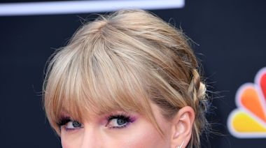 Taylor Swift Prepped For 'Cats' Movie By Going To 'Cat School'