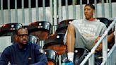 NBA/記得當時年紀小…你認得出來勒布朗·詹姆斯身邊這些人是誰嗎?