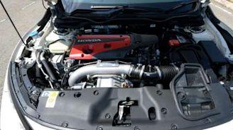 Honda Civic Type R takes on VW Golf R