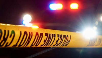 4 shot on Chicago's West Side, paramedics say