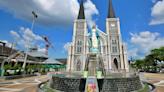 【泰國尖竹汶府】聖母無原罪教堂~泰國最大天主教堂,20萬顆寶石堆出聖母瑪利亞,也是泰國最大寶石交易市場!