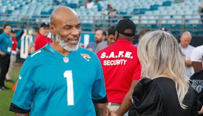 Look: Jaguars HC Urban Meyer meets boxing legend Mike Tyson