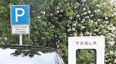 產業巨變:電動車5G加速普及 - 東方日報