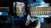 今夜印刷機不停:被指報導觸國安法,《蘋果》趕印50萬份|端傳媒 Initium Media