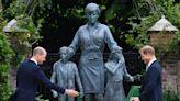 威廉、哈利笑揭黛妃紀念雕像 「英國贏了」神助兄弟破冰