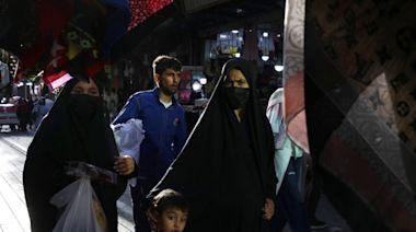 伊朗伊拉克新增確診創新高 英國新增個案連跌六日 - RTHK