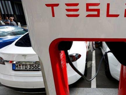 信報即時新聞 -- 馬斯克:特斯拉不接納用作購車 比特幣價跌