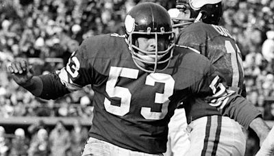 Hall of Fame Vikings center Mick Tingelhoff dies at 81