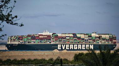 長賜輪擱淺蘇伊士運河後續如何處理,反映出航運界的種種沉痾 - The News Lens 關鍵評論網
