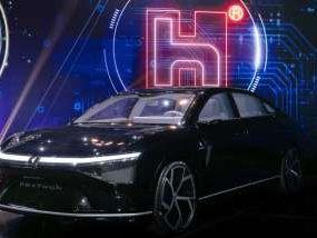 〈玉山科技論壇〉劉揚偉:3款原型電動車 今年底前可望獲美車廠採用