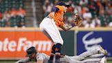 Diamondbacks lose 100th of season, fall to Astros in extra-inning game