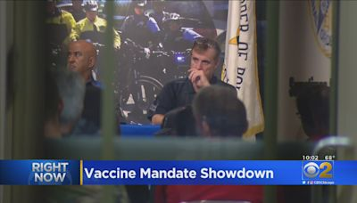 City Hall, Police Union Not Backing Down In Fight Over COVID-19 Vaccine Mandate