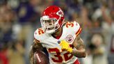 THIRD QUARTER: Kelce sets NFL record, breaks multiple tackles on way to 46-yard touchdown