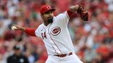 Santillan gets 1st victory, hit to lead Reds past Braves 5-3