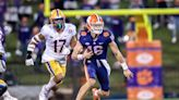 Trevor Lawrence returns with 403 passing yards as Clemson blows out Pitt