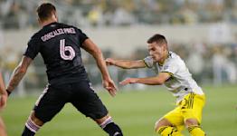 Zardes, Santos help Crew beat Inter Miami 4-0
