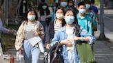 【台灣疫情】未見頂?專家推測社區潛伏1400感染者 - 香港經濟日報 - 中國頻道 - 社會熱點