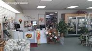 Pope's Florist has been part of Waukegan community for decades, hopes to bring joy with flowers