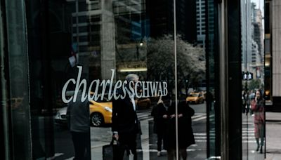 Schwab Posts Record Earnings With Retail Trading Powering On