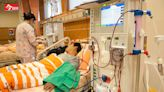 台灣慢性病風暴》「若能早點投資健康」心臟放了13根支架的施振榮領悟:「生老病死一定會有,不健康的日子愈短愈好!」