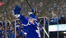 Kerfoot, Bunting help Maple Leafs beat Senators 3-1