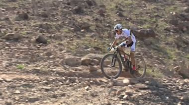 Colombia's Paez and Slovenia's Pintaric win tough desert mountain bike race