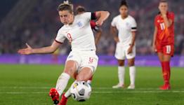 'Role model' Ellen White urged to set new England goalscoring record