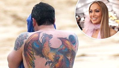 """Watch Jennifer Lopez Call Out Ben Affleck's """"Awful"""" Back Tattoo in Resurfaced 2016 Interview"""