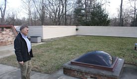 Ohio man lives in underground house he built 40 years ago