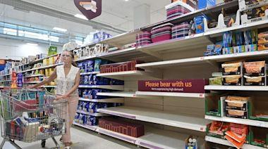 英國超市供應短缺 英版「安心出行」非單一原因 - 香港經濟日報 - 即時新聞頻道 - 國際形勢 - 環球社會熱點