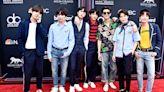 BTS《Butter》九度奪Hot 100榜冠軍 2021年新紀錄