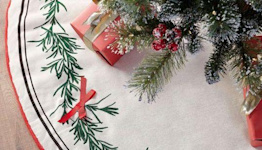 18 Beautiful Tree Skirts to Dress Up Your Holiday Decor