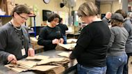 Illinois School District Packs Meals for Delivery to Students Amid Coronavirus Shutdown