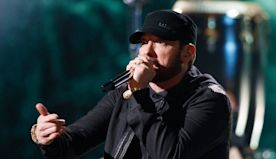 """Watch Eminem's Surprise Oscars Performance of """"Lose Yourself"""" Right Here"""