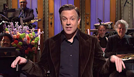 """'Ted Lasso's' Jason Sudeikis Hails 'Historic' Adderall-Fueled """"Saturday Night Live'"""