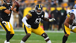 Steelers G Trai Turner ejected after appearing to spit at Raiders players
