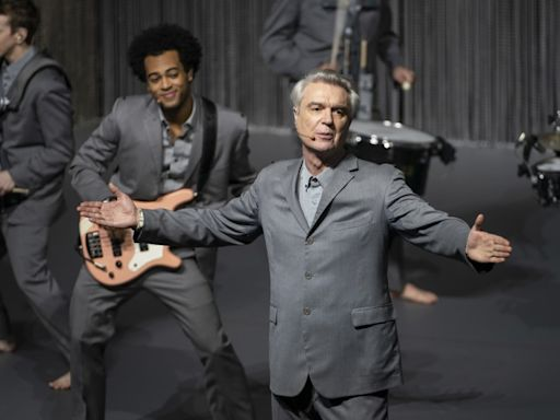 David Byrne reveals 'how the trick is done' in HBO's 'American Utopia'