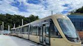 安坑輕軌首列車登廠 明年上線動態測試