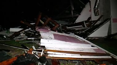 Nestor makes landfall on Florida island, heads north