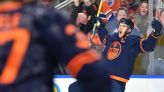 Flames vs. Oilers results: Connor McDavid hat trick leads Edmonton to win in first Battle of Alberta of 2021-22