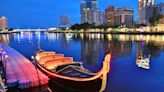 【高雄景點】超享受!來場夢幻貢多拉船威尼斯之旅,美到微醺的愛河畔夜景~