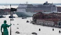 Cruise ships return to Venice, some Italians not onboard